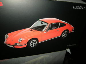 【送料無料】模型車 モデルカー スポーツカー ポルシェクーペオレンジ118 schuco porsche 911 s coupe 1973 orange nr 450035300 ovp