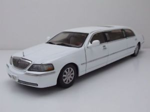【送料無料】模型車 モデルカー スポーツカー リンカーンタウンカーリムジンモデルカーサンlincoln town car limousine 2003 wei, modellauto 118 sun star