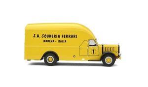 【送料無料】模型車 モデルカー スポーツカー フェラーリレースアルファロメオエキソferrari race transporter alfa romeo 500 1936 exoto 143 exo0001