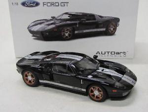 【送料無料】模型車 モデルカー スポーツカー フォードブラックford gt 2004 schwarz autoart 118