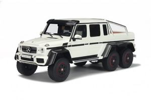 【送料無料】模型車 モデルカー スポーツカー メルセデスベンツウィーラーmercedes benz g 63 amg 6x6 g63 6 wheeler suv whit resin gt spirit 118