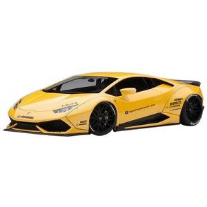 【送料無料】模型車 モデルカー スポーツカー ランボルギーニリバティメタリックイエローウォークlamborghini huracan liberty walk metallic yellow 118 79124 autoart