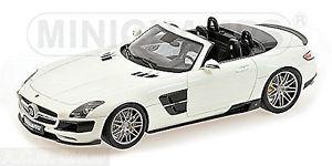 【送料無料】模型車 モデルカー スポーツカー ロードスターツインターボホワイトパールホワイトメタリックミニムbrabus 700 biturbo roadster sls amg 2012 wei pearl white metallic 118 minicham