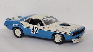 【送料無料】模型車 モデルカー スポーツカー プリマスバーダクライスラーフランスアンリplymouth barracuda 42, chrysler of france henri chemin, 1970 gmp 118