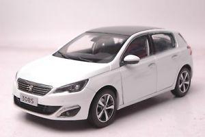 【送料無料】模型車 モデルカー スポーツカー ダイカストプジョーホワイトモデルpreorder rare diecast paudi models peugeot 308s 2015 white dongfeng china 118
