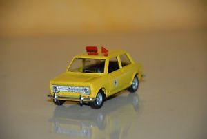 【送料無料】模型車 モデルカー スポーツカー フィアットタクシーneues angebotmebetoys fiat 128 taxy