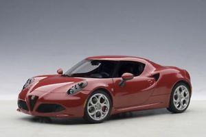 【送料無料】模型車 モデルカー スポーツカー アルファロメオアルファautoart 70189 118 alfa romeo 4c 2013 alfa red neu