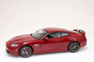 【送料無料】模型車 モデルカー スポーツカー ジャガーイタリアレーシングダークレッドjaguar xkrs 2011 italien racing dunkelrot  autoart 118 neuovp