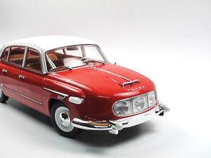 【送料無料】模型車 モデルカー スポーツカー タトラfoxtoys tatra 6031 baujahr 1957 rotwei 118 limited edition 500
