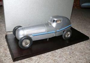 【送料無料】模型車 モデルカー スポーツカー レーシングドライバーc2  mrklin 1096 museumswagen 1991 rennwagen uhrwerk mit fahrerfigur