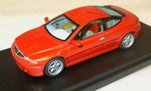 【送料無料】模型車 モデルカー スポーツカー ランチアlancia magia integrale iad 1992 alezan c53