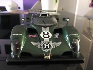 【送料無料】模型車 モデルカー スポーツカー ベントレールマン#ボックスautoart 118 bentley exp speed 8 le mans 2002 8 sans boite no box rare