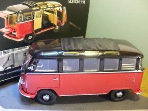 【送料無料】模型車 モデルカー スポーツカー サンババスブラウンレッド118 schuco vw t1 samba bus braunrot 45 002 8400