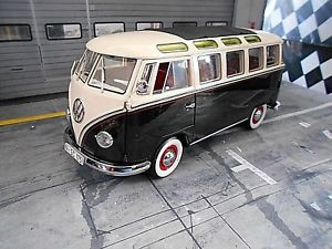 VW T2a Bus L blau-weiß 1:18 Schuco neu /& OVP 194