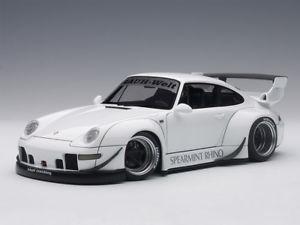 【送料無料】模型車 モデルカー スポーツカー ソフトウェアライセンスポルシェホワイトporsche 993 rwb white 118 78150 autoart