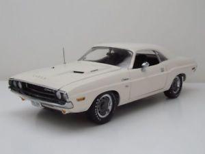 【送料無料】模型車 モデルカー スポーツカー ダッジチャレンジャーホワイトモデルカーdodge challenger rt 1970 wei, vanishing point hnl, modellauto 118 highway 61