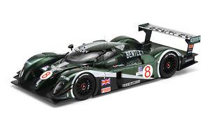 【送料無料】模型車 モデルカー スポーツカー ベントレースピードセブリングブランデルブラバムハーバートスケールbentley speed 8 12h sebring 2003 blundell brabham herbert 1750 truescale 118