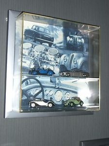 【送料無料】模型車 モデルカー スポーツカー シリーズショーケースvitrine mit 4 x bmw schuco sonderserie