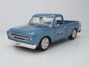 【送料無料】模型車 モデルカー スポーツカー シボレーアップカスタムモデルカーピック