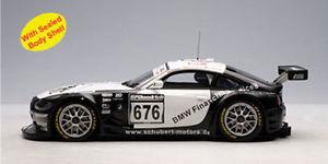 【送料無料】模型車 モデルカー スポーツカー クーペニュルブルクリンクチームシューベルトピース