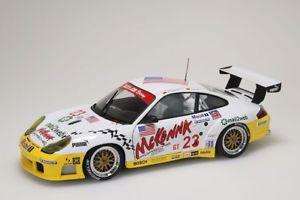 【送料無料】模型車 モデルカー スポーツカー ポルシェグアテマララベリングデイトナホワイトporsche 911 gt3r weiss mit beschriftung daytona 24 hrs 2003 autoart 118 neuovp