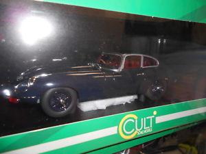 【送料無料】模型車 モデルカー スポーツカー オーストリアカルトジャガータイプaut0461 by autocult jaguar etype 1968 118