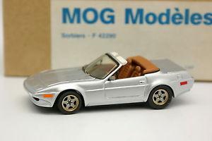 【送料無料】模型車 モデルカー スポーツカー キットモンフェラーリトリノシルバーmog modles kit mont 143 ferrari 365 gtb 4 nart michelotti turin 1980 silver