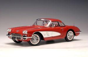 【送料無料】模型車 モデルカー スポーツカー シボレーコルベットレッドautoart chevrolet corvette 1958 rot 118 71148