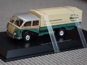 【送料無料】模型車 モデルカー スポーツカー トラックグリーンベージュ