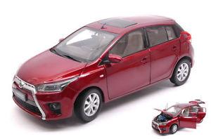【送料無料】模型車 モデルカー スポーツカー トヨタヤリスモデルモデルtoyota yaris l 2014 red 118 model paudi model
