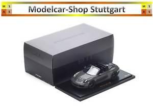【送料無料】模型車 モデルカー スポーツカー ポルシェカレラエディションスパークワックスporsche 911 targa 4s limited exclusive edition 300  spark 118 wax02100029 neu