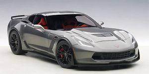 【送料無料】模型車 モデルカー スポーツカー シボレーコルベットダークシルバーautoart chevrolet corvette c7 z06 dunkel silber 118 71264