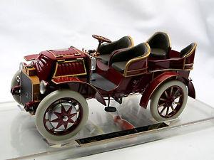 【送料無料】模型車 モデルカー スポーツカー ドライブポルシェハイブリッドモデルfahrtraum 1901 lohnerporsche mixte hybrid rot sehr detaillierts modell 118