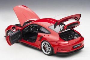【送料無料】模型車 モデルカー スポーツカー ポルシェカレラporsche 911 991 gt3 rs carrera guards red rot 2016 autoart 78165 neu 118