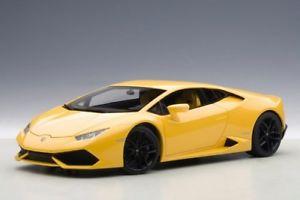 【送料無料】模型車 モデルカー スポーツカー ランボルギーニイエローメタリックautoart lamborghini huracan lp610 gelb metallic 118 74604