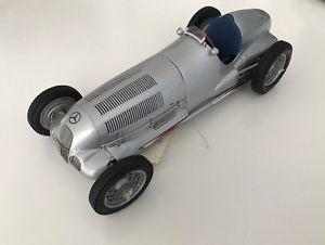 【送料無料】模型車 モデルカー スポーツカー メルセデスベンツメートルcmc 118 mercedesbenz w125 1937 cod m031