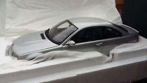 【送料無料】模型車 モデルカー スポーツカー クーペシルバー