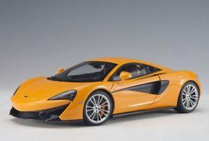 【送料無料】模型車 モデルカー スポーツカー マクラーレンオレンジモデルカーmclaren 570s 2016 orange, modellauto 118 autoart