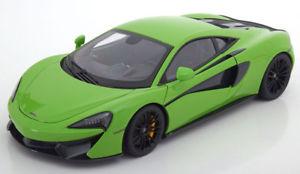 【送料無料】模型車 モデルカー スポーツカー マクラーレンクーペライトグリーン118 autoart mclaren 570s coupe 2016 lightgreen