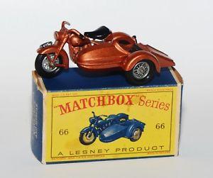 【送料無料】模型車 モデルカー スポーツカー マッチボックスハーレーダビッドソンサイドカーmatchbox 66 harley davidson and sidecar in originaler box