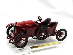 【送料無料】模型車 モデルカー スポーツカー ドライブポルシェフェルディナンドポルシェfahrtraum 1922 austrodaimler adsr sascha porsche rot ferdinand porsche 118