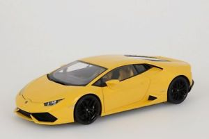 【送料無料】模型車 モデルカー スポーツカー ランボルギーニイエローメタリックlamborghini huracan lp6104 2014 gelb metallic autoart 118 neuovp