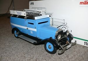 【送料無料】模型車 モデルカー スポーツカー ロッコレトロバイエリッシャーc2 mrklin 1101 retro geldtransporter bayerischer rundfunk uhrwerk
