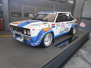 【送料無料】模型車 モデルカー スポーツカー フィアットアバルトラリーフィンランド#ブラボートップマルケスfiat 131 abarth rallye 1000 lakes finnland 1 alen bravo salor top marques 118