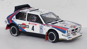 【送料無料】模型車 モデルカー スポーツカー ランチアデルタツールドコルスlancia delta s4 4 tour de corse 1986 autoart 118