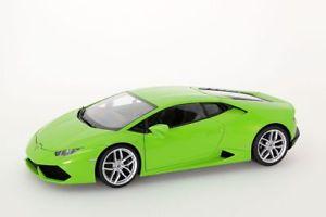 【送料無料】模型車 モデルカー スポーツカー ランボルギーニグリーンメタリックlamborghini huracan lp6104 2014 grn metallic autoart 118 neuovp