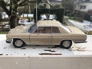 【送料無料】模型車 モデルカー スポーツカー メルセデスクーペベージュメタリックautoart 118 mercedes 8 280c coupe beige metallic