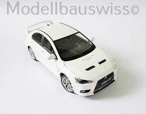 【送料無料】模型車 モデルカー スポーツカー ランサーエボホワイトmitsubishi lancer evo x 10 weiss 118 118 1zu18 selten rar top