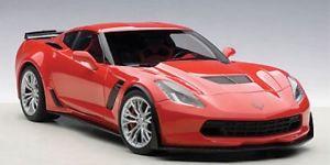 【送料無料】模型車 モデルカー スポーツカー シボレーコルベットトーチレッドautoart chevrolet corvette c7 z06 torch red 118 71262