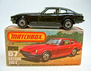 【送料無料】模型車 モデルカー スポーツカー マッチダットサンワッシャーmatchbox sf nr 67c datsun 260z komplett in schwarz glowinthedark scheiben